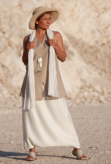 Off white linen sarouel-skirt and beige tunic