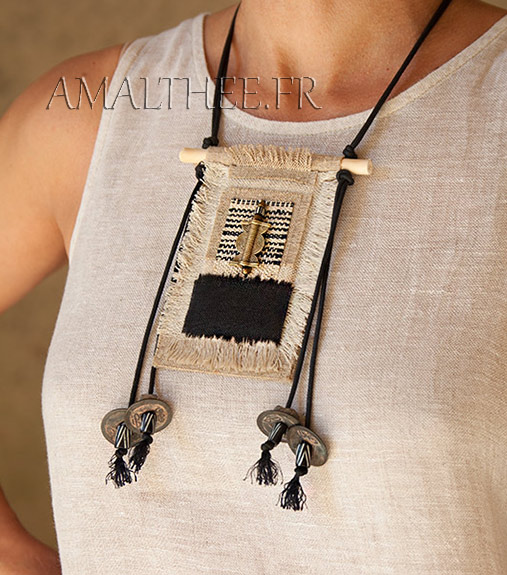 Handcraft ethnic textile necklace with linen and hemp