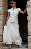 Beautifully elegant outfit skirt made of silk and coton.