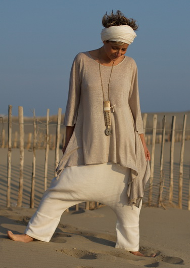 Loose fit: Asymetric linen jersey tunic pale gray color