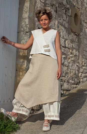linen summer tunic with a 3/4 pants