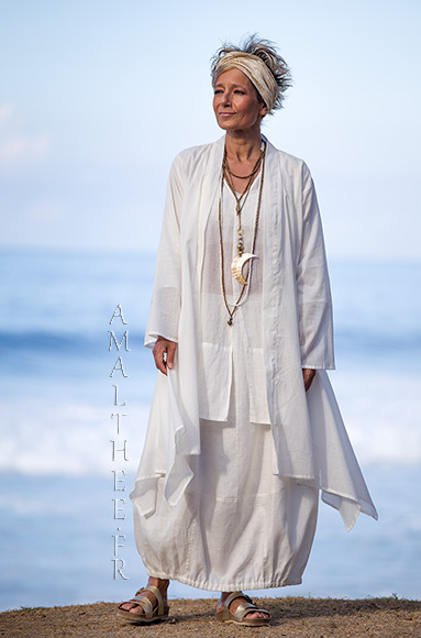 Layered summer outfit:loose fit super thin white cotton summer coat Angel