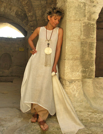 Dress/tunic in veil of linen