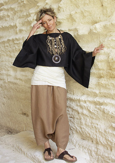 Top \u0027Japan\u0027 in black linen soft, kimono sleeves worn over a linen sarouel  skirt tobacco colors. Jewel of exception wide plastron son linen and  pearls