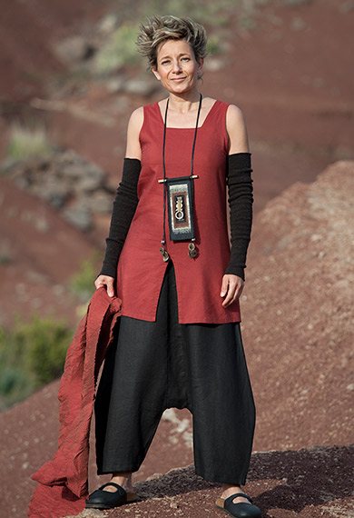 Red silk and linen top, black pure linen  trousers