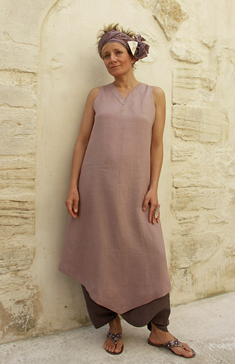 linen tunic with a harem pants in shantung silk