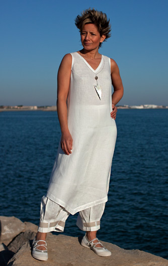 Set of white linen: