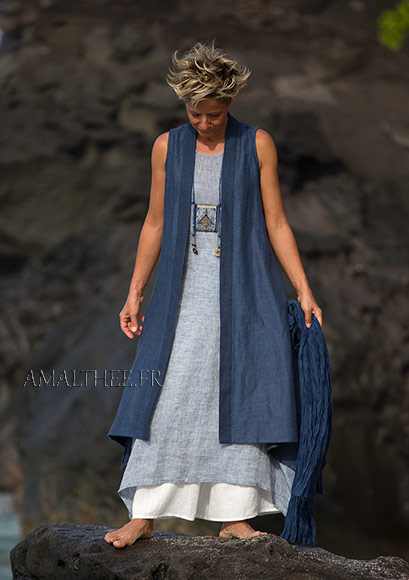Long blue summer linen vest and white flare pants