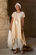 Loose fit shantung silk tunic.